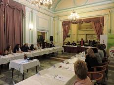 017- Humán igazgató asszony előadása a Partnerségben a civil szervezetekkel Szolnokon, hogyan látjuk Mi címmel