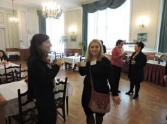 025- A Kárpát-medencei civil konferencia kávészünetében