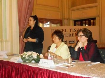 040- A Jász-Nagykun-Szolnok Megyei Civil Információs Centrum vezetőjének előadása a Szolnoki civilségről